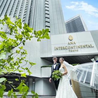 1986年の開業以来30年間、多くの新郎新婦を見守り続けたホテル。おふたりの新しい未来へ、いま幕が開く