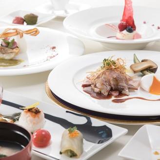 プレミアムウェディングコース和洋折衷 ゲスト全員が満足するお料理を!!