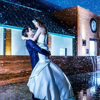 おふたりの理想の結婚式を実現できるのは、1日1組だけのウェディング。私たちはそう考えます。