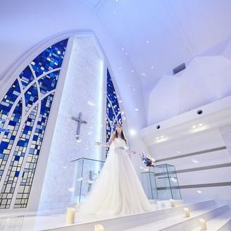 天使が舞い降りる教会