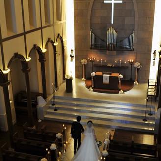 天井高が魅力のラ・ベール教会