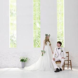 大阪市内に居るとは思わせない幻想的なチャペルで素敵な結婚式を・・・