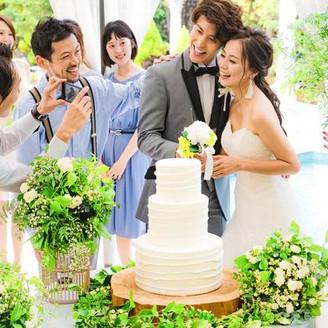 ガーデンパーティにオススメ!ゲストと楽しむケーキ入刀!