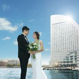 みなとみらいのシンボリックホテルで叶えるベイリゾートウエディング