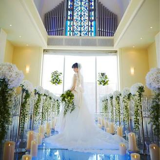 花嫁を美しく見せるバージンロード