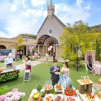 ベルフリーガーデン自慢のお庭を贅沢に使って、ゲストのみなさまとのアットホームな時間を過ごしましょう♪