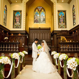 チャペル「セントラファエルチャーチ」 由緒正しき正統派の教会! 英国に実在した教会を復元した本格的チャペル