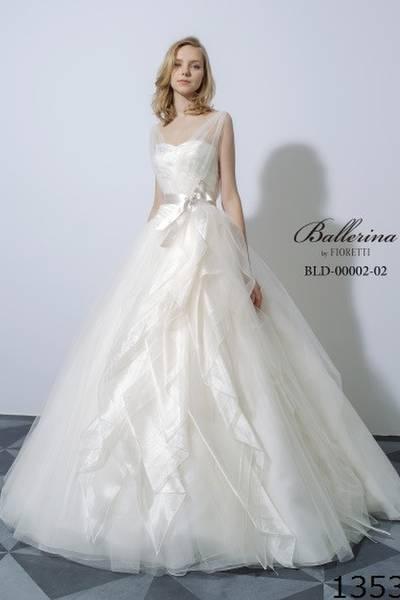 e4304bfe9e97d 鹿児島で人気のウェディングドレス!人気のドレスから探して試着しよう!