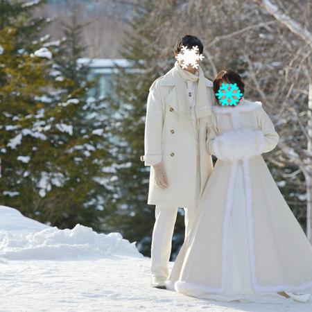 ドレス ロケーション ウェディングドレス 観光地 雪 氷 北海道 トマム 星のリゾート 氷の教会 水の教会 -14°