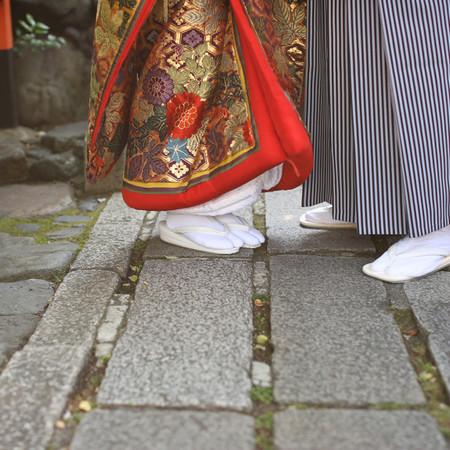 和装 前撮り 京都 ロケーション 色打掛 足元カット