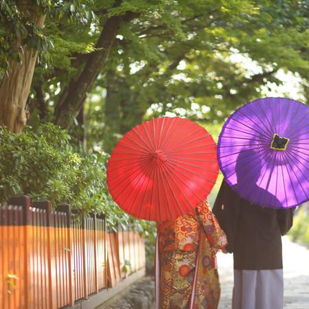 和装 前撮り 京都 ロケーション 色打掛 紋付袴 番傘 後ろ姿