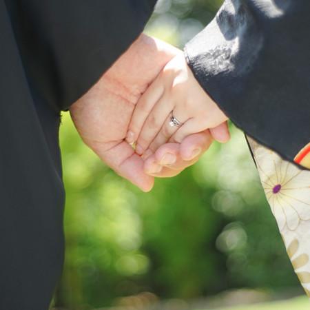 引き振り袖 和装 庭園 ロケーション 神社 華雅苑 和装前撮り 指輪