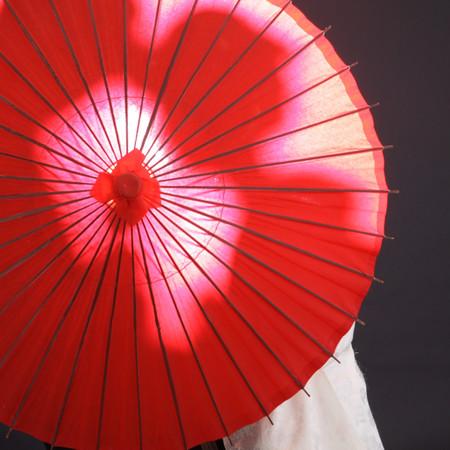 和装 スタジオ 白無垢 番傘