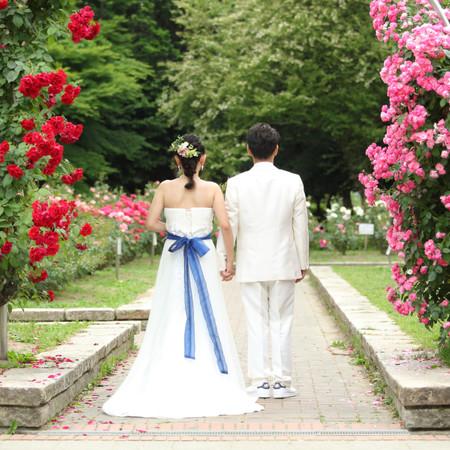 ロケーション ドレス 観光地 ウェディングドレス タキシード 和装 紋付袴 庭園 色打掛
