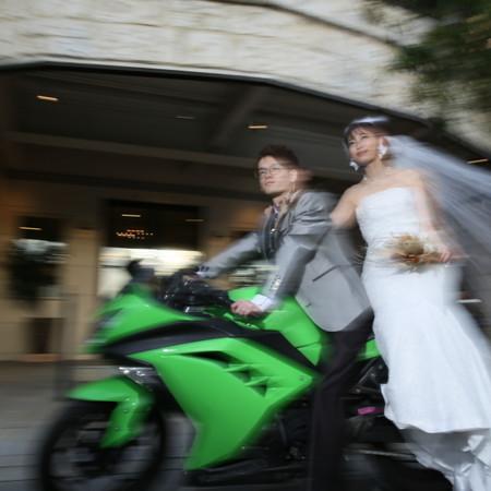 バイク ドレス スタジオ ウェディングドレス タキシード ハウススタジオ