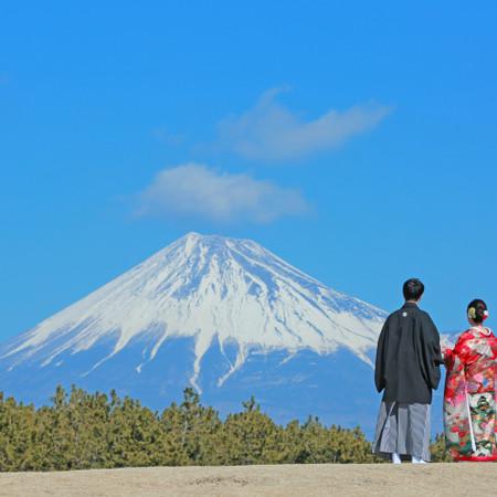 和装 ロケーション 色打掛 富士山
