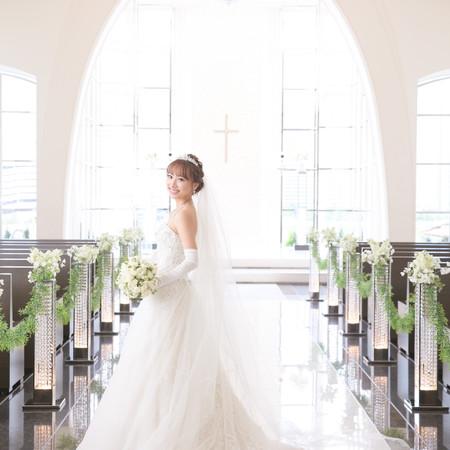 ガラスのチャペル ウェディングドレス タキシード 式場前撮り
