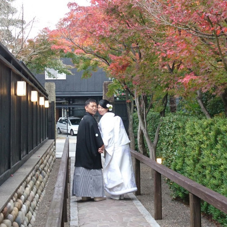 和装 白無垢 紋付袴 ラ・ルーナピエーナ 色打掛 ロケーション 庭園 紅葉