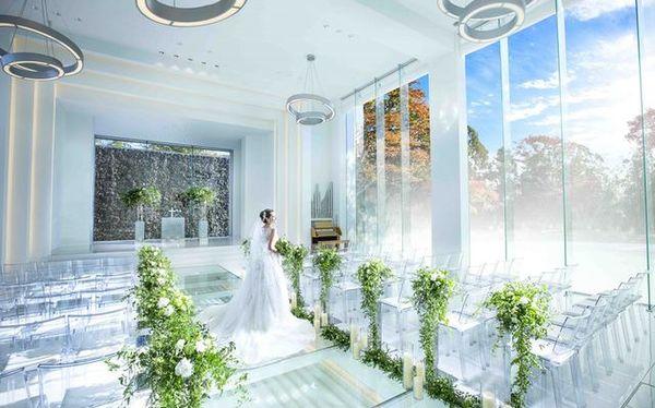 「結婚式場」の画像検索結果