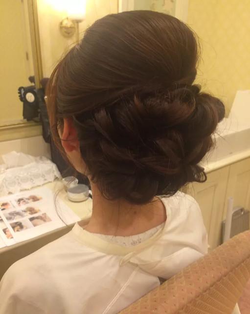 結婚式お呼ばれ髪型 30代ゲスト向け 大人可愛いヘアアレンジ