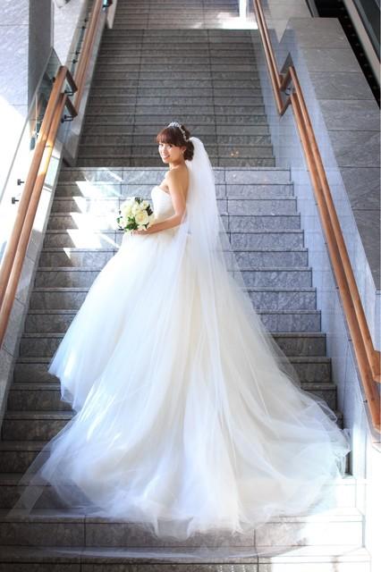 30b24b2400455 ウェディングドレス<2019年最新版>人気の種類&ブランドまとめ ...