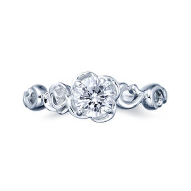 ゴージャス婚約指輪