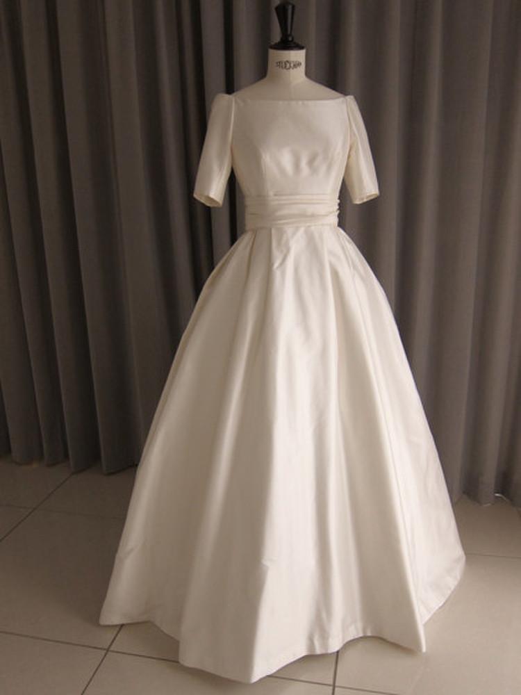 Silk taffeta off shoulder princess line dress 1枚目