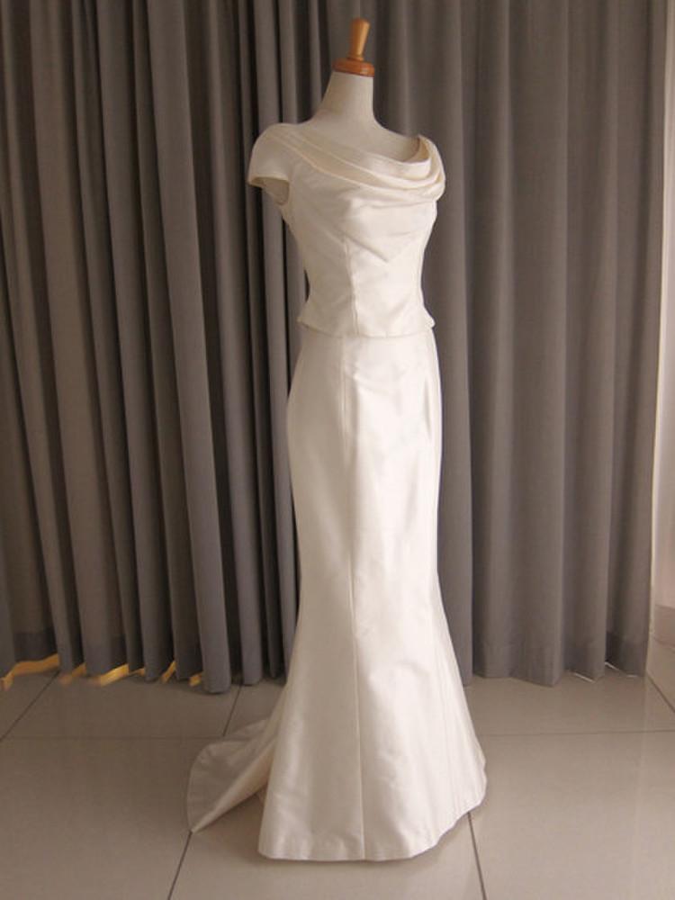 Silk taffeta drape top&mermaid line dress 1枚目