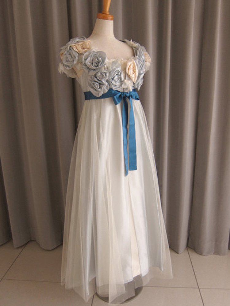 Light-blue rose tulle lace over dress 1枚目