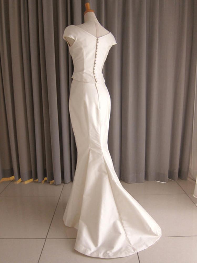 Silk taffeta drape top&mermaid line dress 2枚目