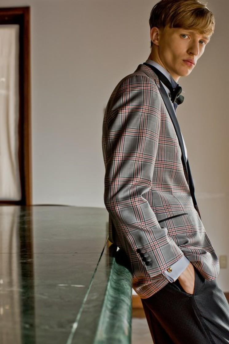 Knox & Taylor original TUXEDO textile by DORMEUIL 1枚目