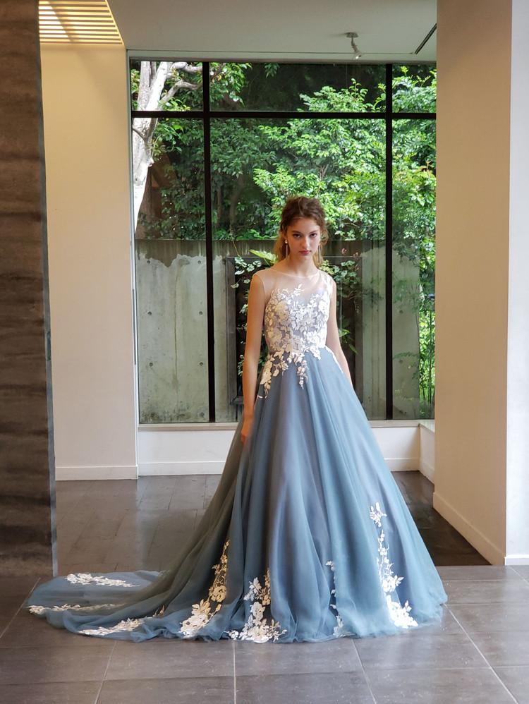 【Cinderella & Co.】ブルーグレーのノースリーブカラードレス 1枚目