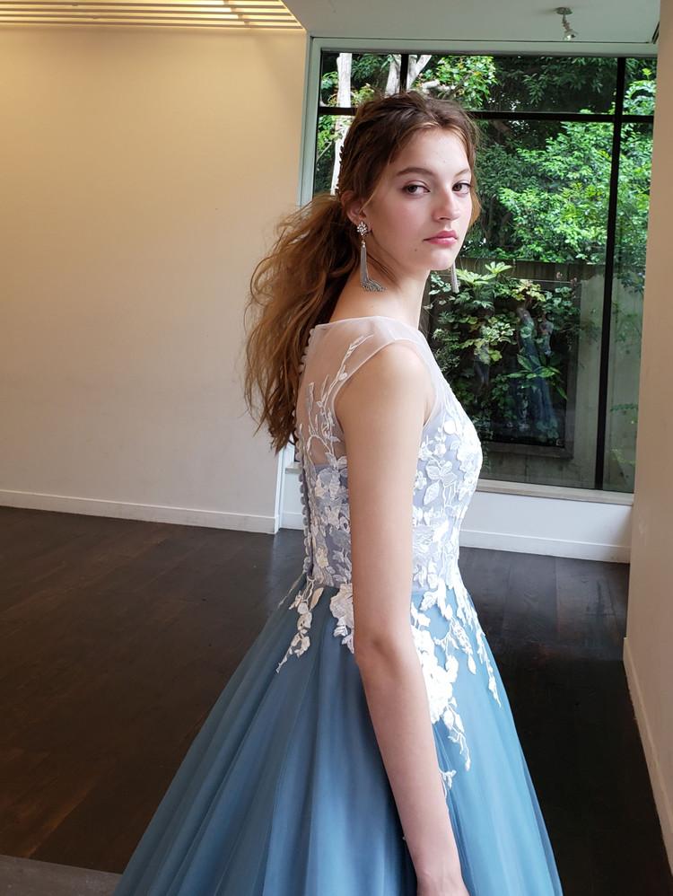 【Cinderella & Co.】ブルーグレーのノースリーブカラードレス 3枚目