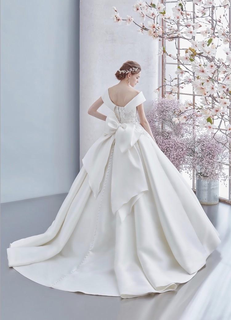 HARTNELLロンドンのウエディングドレス 3枚目