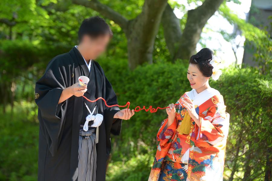 和装 色打掛け 紋付袴 ロケーション 神社 赤い糸